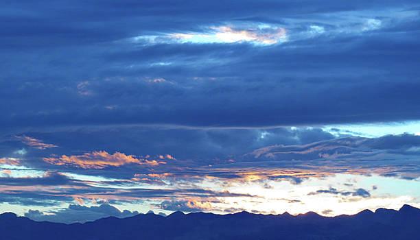 Las  Vegas  Sunset  Iv by Carl Deaville