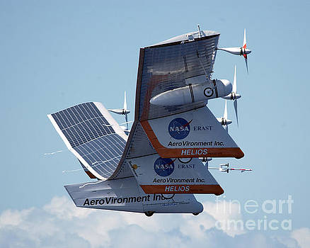 NASA Science Source - Last Flight of the Helios Prototype 2003