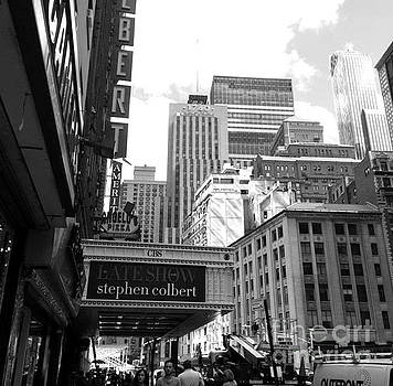 Late Show NYC by Juliet Overton