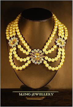 Lemon Pearl and Crystal Necklace by Janine Antulov