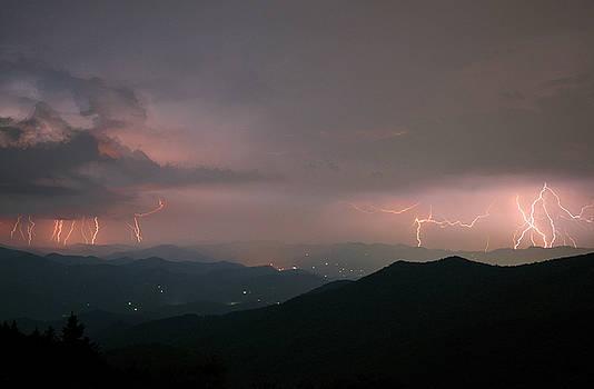Lightning on the Parkway by Derek Thornton