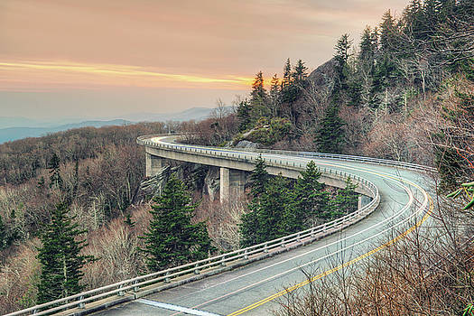 Linn Cove Viaduct by Ray Devlin