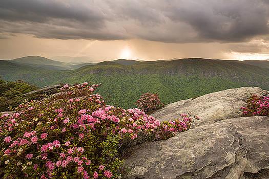 Linville Gorge by Derek Thornton