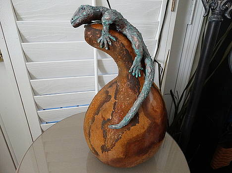 Lizard on gourd by Sandra Durning
