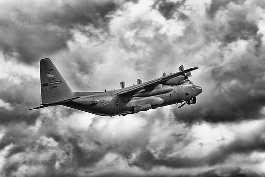 Lockheed Martin C-130 H Hercules by Derek Beattie