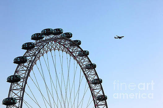 James Brunker - London Eye Flypast