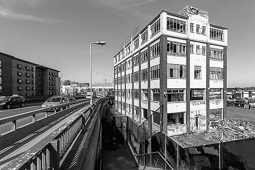 London Landmark by James Evans