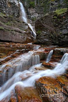 Adam Jewell - Looking Up At Virginia Falls