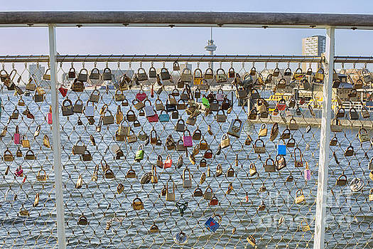 Patricia Hofmeester - Love locks