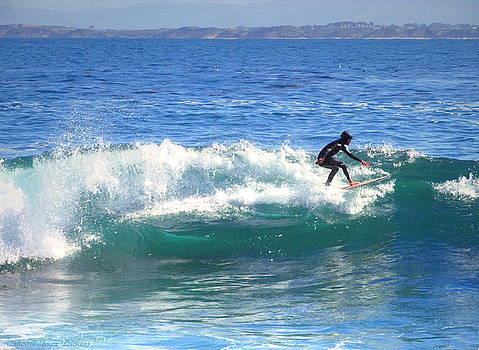 Joyce Dickens - Lovers Point Surfers 005