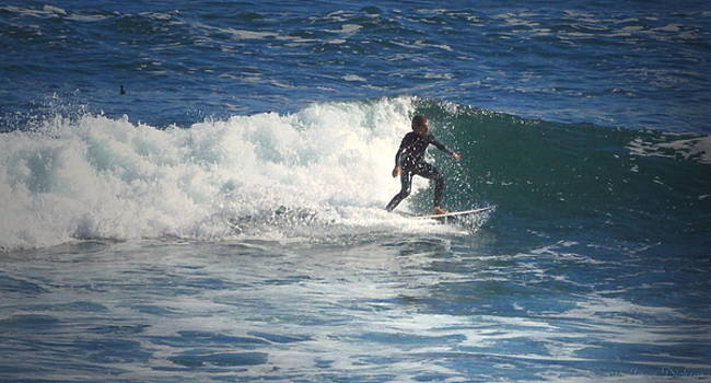 Joyce Dickens - Lovers Point Surfers 006