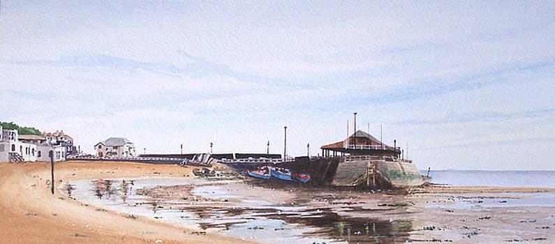 Low Tide Broadstairs by Martin Howard