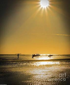 Low Tide by Mitch Shindelbower
