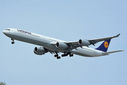 Lufthansa Airbus A340-600 D-AIHW Los Angeles International Airport May 3 2016 by Brian Lockett