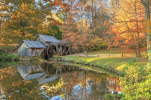 Mabry Mill. Blue Ridge Parkway by Doug McPherson