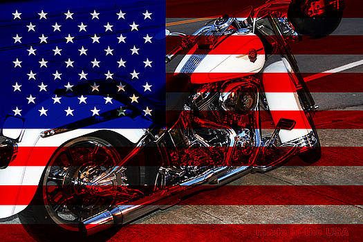 Made In The USA . Harley-Davidson . 7D12757 by Wingsdomain Art and Photography