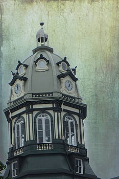 Madison County Courthouse by Judy Hall-Folde