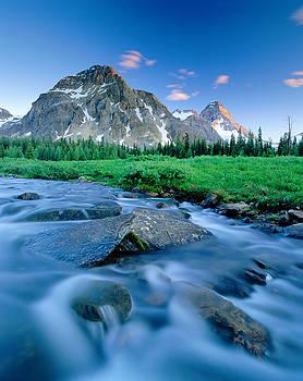 Magog Creek and Naiset Point by David Nunuk