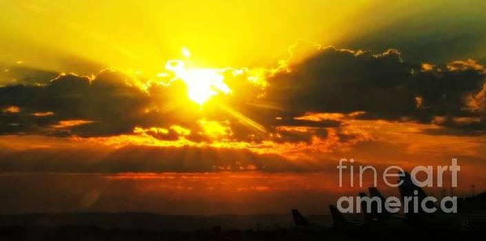 Mahlon Sweet Sunset by Mindy Bench