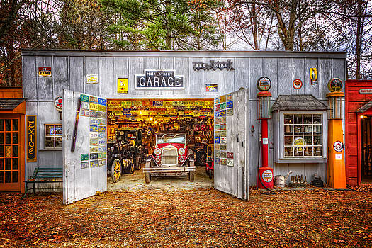 Debra and Dave Vanderlaan - Main Street Garage