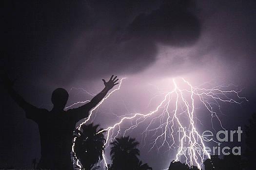 Kent Wood - Man With Lightning, Arizona