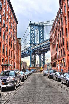Manhattan Bridge Portrait from DUMBO by Randy Aveille
