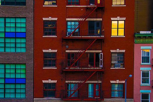 Manhattan Color by Larry  Goss
