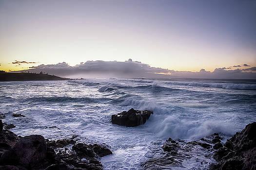 Maui Hawaii Waves by Steven Michael