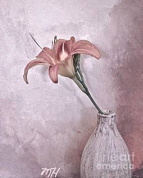 Mauve Lily by Marsha Heiken