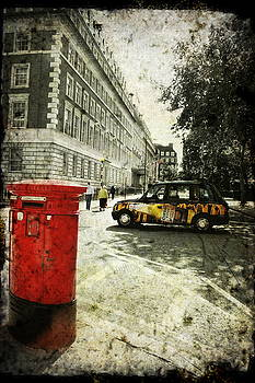 Mayfair early morning by Sonia Stewart