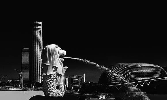 Merlion and Esplanade Singapore by Joseph Hollingsworth
