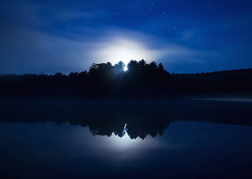 Mew Lake Moonset by Cale Best