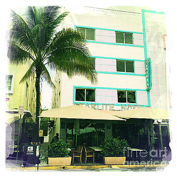 Miami South Beach Ocean Drive 7 by Nina Prommer