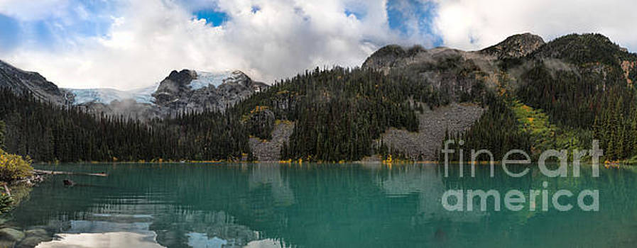 Middle Joffre Lake by Peter Landman