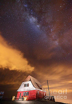 James Brunker - Milky Way Above Old Ski Hut at Mt Chacaltaya 2