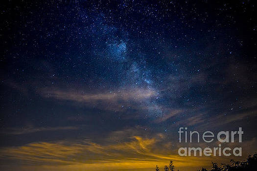 Milkyway with Sky Glow by Jim DeLillo