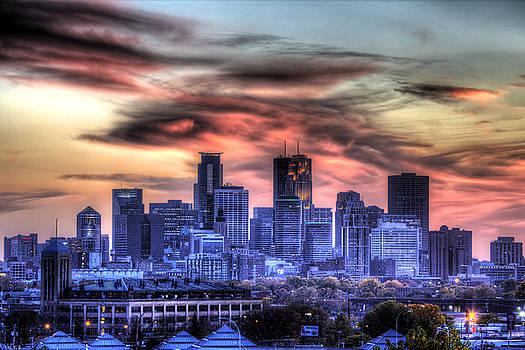 Minneapolis Skyline Autumn Sunset by Shawn Everhart