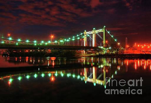 Minneapolis Skyline Hennepin Avenue Bridge by Wayne Moran