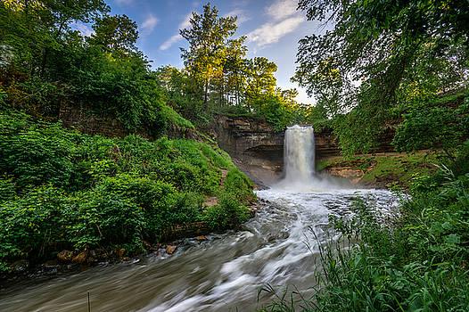Minnehaha Falls by Mark Goodman