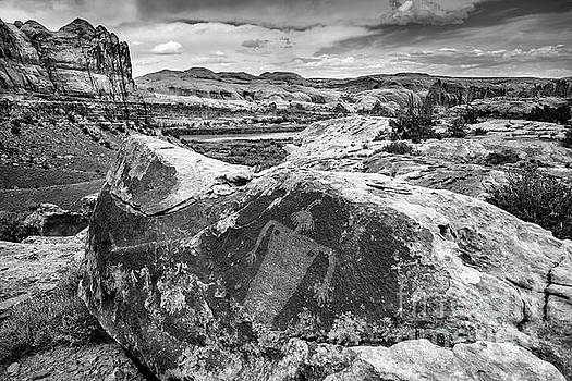 Moab Maiden Petroglyph - Black and White - Utah by Gary Whitton
