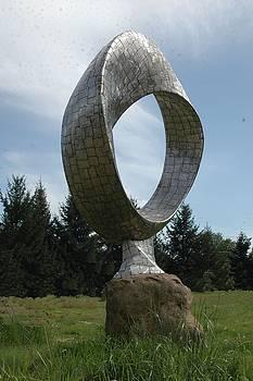 Mobius II by Ben Dye