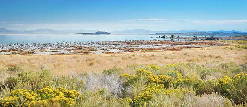 Mono Lake Panorama by Alexander Kunz