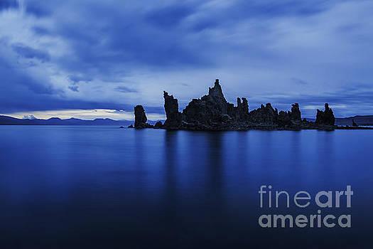 Rhapsody In Blue- Mono Lake by Steve Rowland