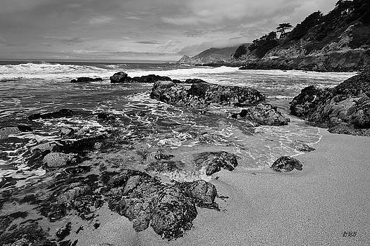 David Gordon - Montara Beach I BW