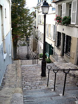 Montmartre Staircase by Suzanne Krueger