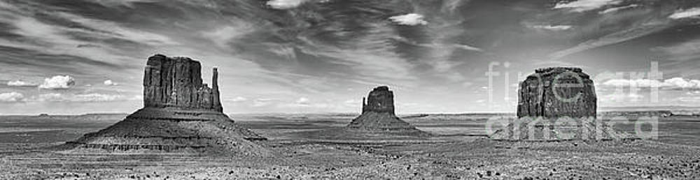 Monument Valley Pano bw by Jerry Fornarotto