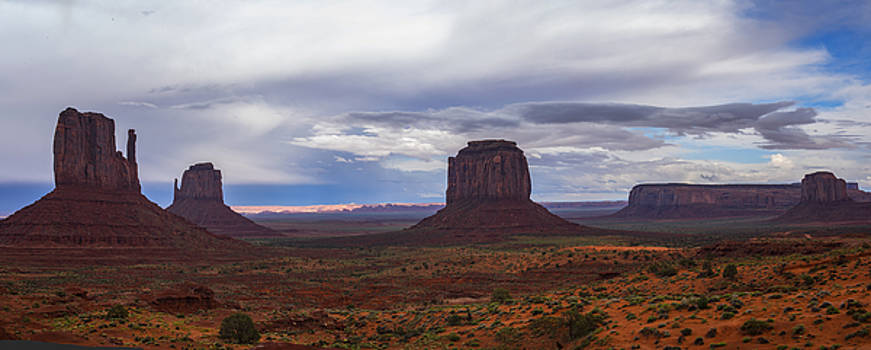 Monument Valley Panorama by Brad Scott