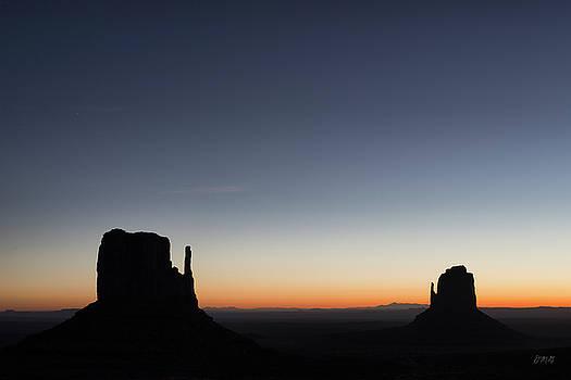 David Gordon - Monument Valley VIII Color