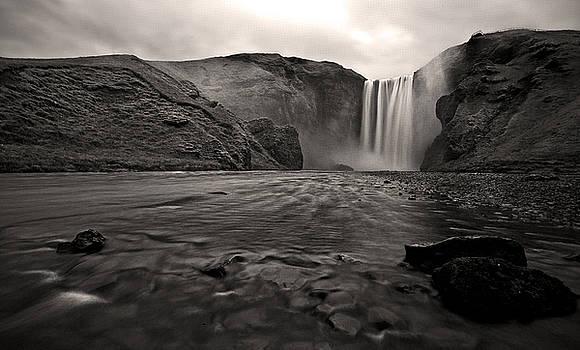 Moody Iceland by Chris  Allington