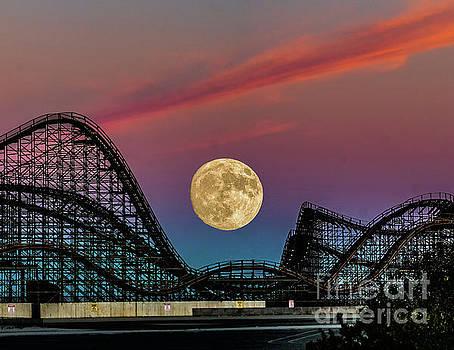 Nick Zelinsky - Moon over Wildwood NJ